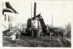 14-Kogning-af-kartoflerStaevnbakgaard-ca.-1955.tif
