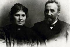 Lærer Henneberg og frue