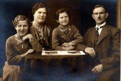Faellesskov-Johanne-Marinus-Magda-og-Gerda