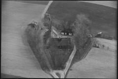 Vråvej 24. Luftfoto 1949