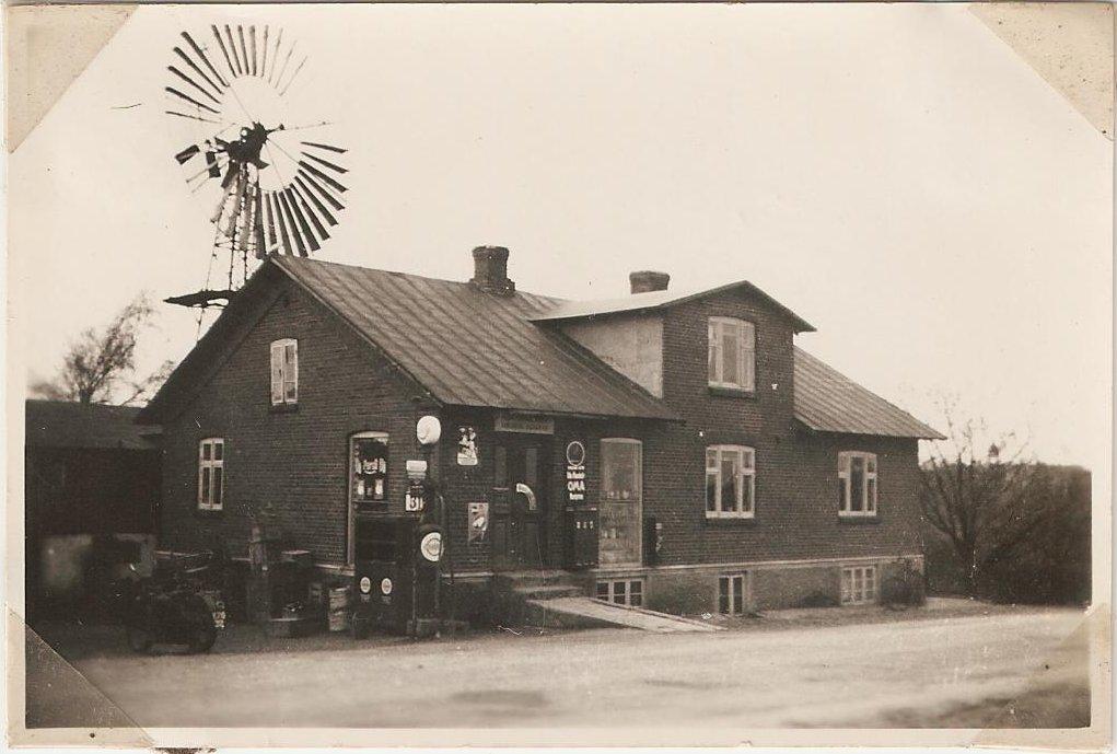 Købmandsgården i Nr. Vinge på adressen Hobrovej 113